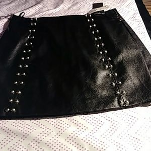 Forever 21 Faux Leather Skirt M Black